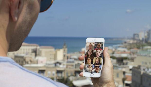 Facebook presentó Bonfire, su aplicación de videochats grupales