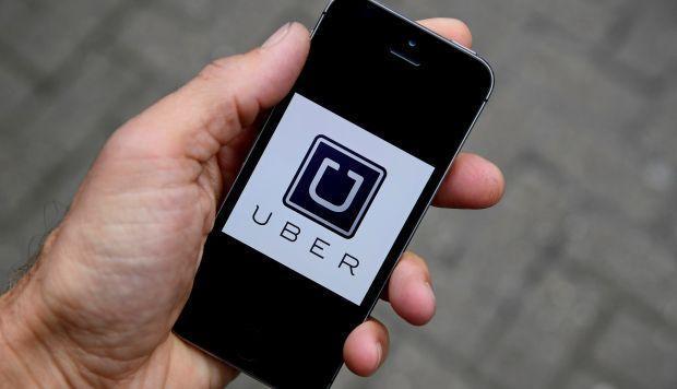 Uber añade opción para dar propinas a conductores